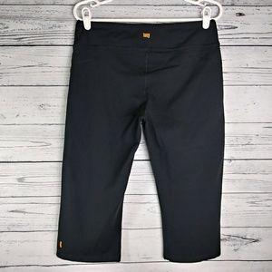 Lucy Powermax Capri Pants. Large